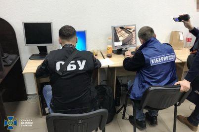 v-zaporozhe-gruppirovka-hakerov-pohishhala-dengi-s-bankovskih-schetov.jpg