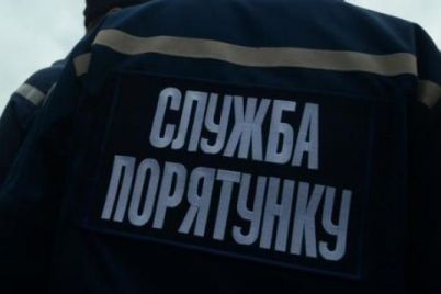 v-zaporozhe-iz-za-neostorozhnogo-obrashheniya-s-ognem-proizoshel-pozhar-v-pyatietazhke.jpg