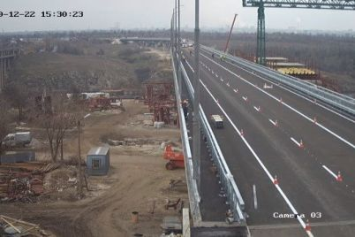 v-zaporozhe-iz-za-otkrytiya-balochnogo-mosta-izmenitsya-dvizhenie-transporta.jpg
