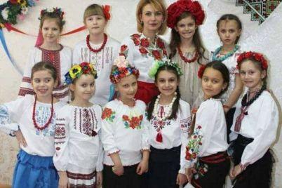 v-zaporozhe-ko-dnyu-vyshivanki-ustroili-onlajn-akcziyu.jpg