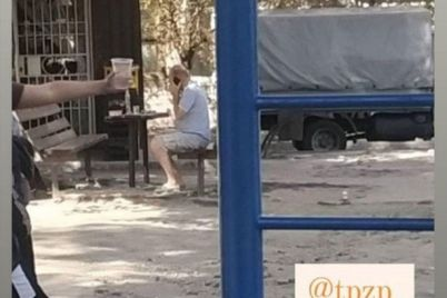 v-zaporozhe-muzhchina-razbil-lobovoe-steklo-v-chuzhom-avtomobile-iz-za-srabotavshej-signalizaczii-foto.jpg