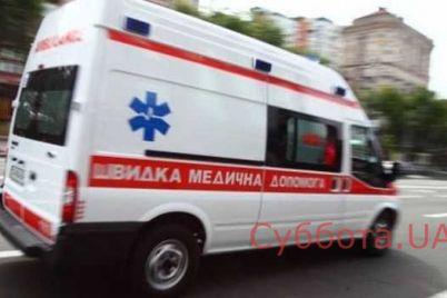 v-zaporozhe-muzhchina-s-holodnym-oruzhiem-nabrosilsya-na-samogo-sebya.jpg