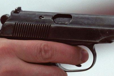 v-zaporozhe-muzhchina-ugrozhal-policzejskim-igrushechnym-pistoletom.jpg