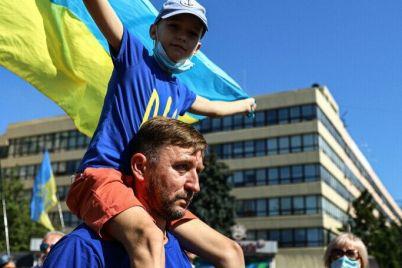 v-zaporozhe-na-raduge-pojdet-semejnyj-festival-ko-dnyu-nezavisimosti.jpg