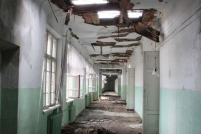 v-zaporozhe-nachali-vosstanavlivat-shkolu-e2849653-v-kotoroj-5-let-nazad-proizoshel-masshtabnyj-pozhar-foto.jpg