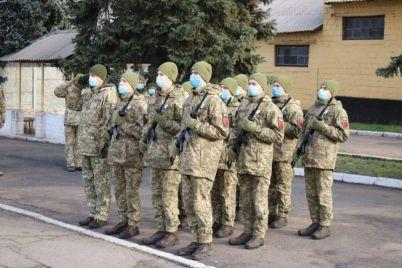 v-zaporozhe-nagradili-artilleristov-legendarnoj-brigady-foto.jpg