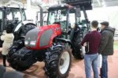v-zaporozhe-otkrylas-vystavka-kotoraya-pomozhet-stroit-agrarnyj-biznes-video.jpg