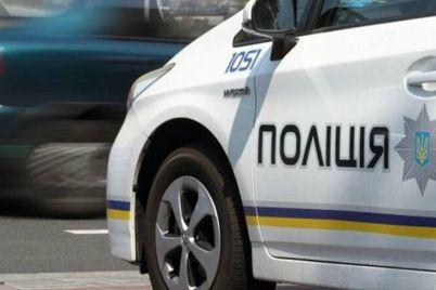 v-zaporozhe-patrulnye-zaderzhali-muzhchinu-kotorogo-podozrevayut-v-ubijstve.jpg