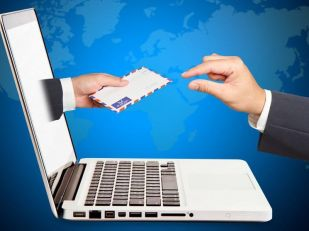 В Запорожье планируют отказаться от бумажных документов и перейти на электронные