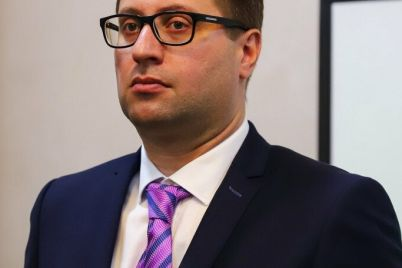 v-zaporozhe-pod-sud-otpravili-direktora-zaporozhskogo-aeroporta-za-narushenie-zakonodatelstva-o-gostajne.jpg