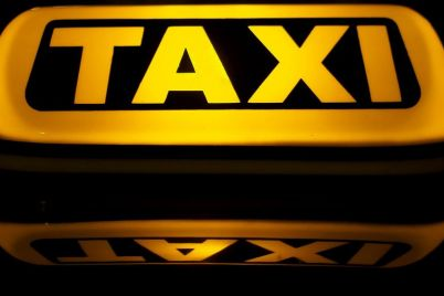 v-zaporozhe-podrostka-ograbili-v-taksi.jpg