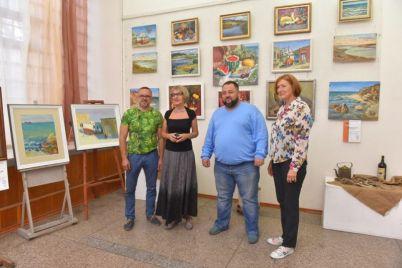 v-zaporozhe-pokazali-portrety-korablej.jpg