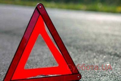 v-zaporozhe-policzejskie-na-sluzhebnom-avtomobile-sbili-peshehoda-v-seti-poyavilos-video-s-mesta-proisshestviya.jpg