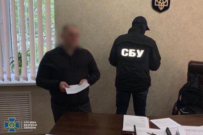 v-zaporozhe-polkovnika-policzii-vzyali-pryamo-v-sluzhebnom-kabinete-foto.jpg