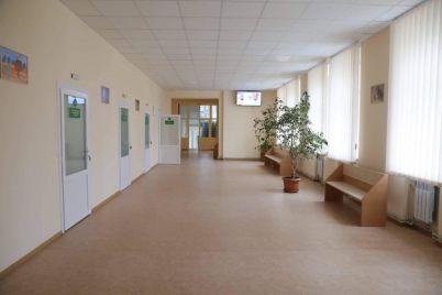v-zaporozhe-posle-rekonstrukczii-otkrylsya-mediczinskij-kompleks-dlya-vzroslyh-i-detej-foto.jpg