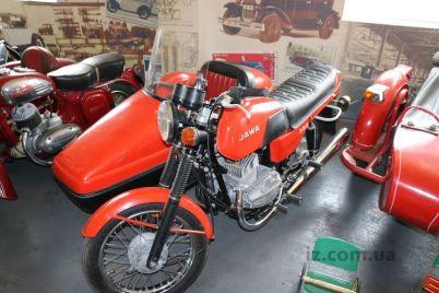 v-zaporozhe-poyavilsya-legendarnyj-motoczikl-o-kotorom-mechtal-kazhdyj-bajker-foto.jpg