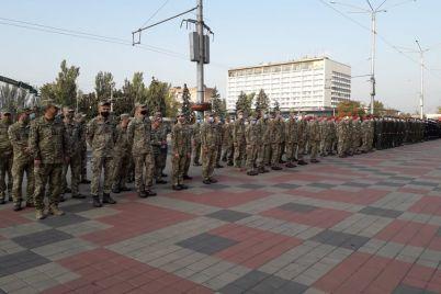v-zaporozhe-pozdravili-i-nagradili-zashhitnikov-ukrainy.jpg
