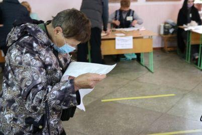 v-zaporozhe-predsedatel-izbiratelnoj-komissii-rasskazala-pochemu-nyneshnie-vybory-provodit-slozhnee.jpg