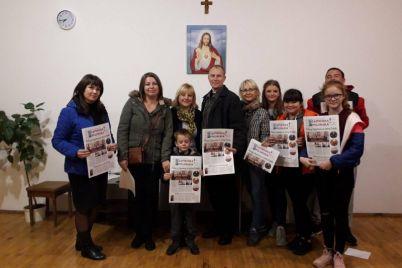 v-zaporozhe-prezentuyut-polskuyu-gazetu.jpg