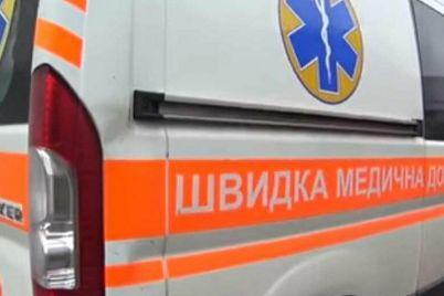 v-zaporozhe-proizoshlo-dtp-vozle-avtovokzala-mediki-gospitalizirovali-36-zhenshhinu.jpg