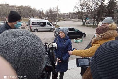v-zaporozhe-proshhayutsya-s-pogibshej-vo-vremya-pozhara-vrachom-olgoj-glivoj-foto.jpg