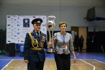 v-zaporozhe-s-razmahom-proshel-vii-kubok-petrova-po-girevomu-sportu.jpg