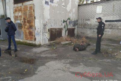v-zaporozhe-soldat-za-odin-den-sovershil-dve-popytki-iznasilovaniya-podrobnosti-inczidenta-foto.jpg