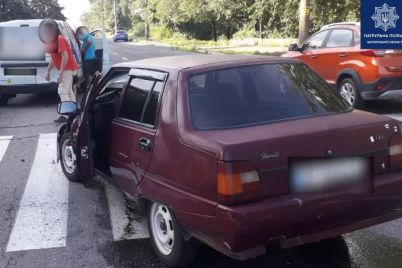 v-zaporozhe-stolknulis-dva-avto-postradal-peshehod-video.jpg