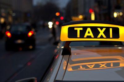 v-zaporozhe-taksist-spal-za-rulyom-video.jpg