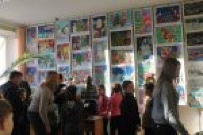 v-zaporozhe-v-glavnoj-biblioteke-vstretyatsya-srazu-tri-vystavki.jpg
