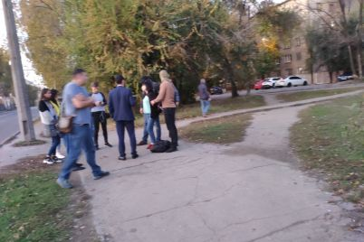 v-zaporozhe-v-ramkah-speczoperaczii-po-borbe-s-narkotorgovlej-zaderzhali-eshhe-odnogo-cheloveka-foto.jpg