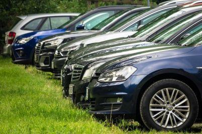 v-zaporozhe-vladelczy-elitnyh-avto-zaplatili-14-milliona-griven-transportnogo-naloga.jpg