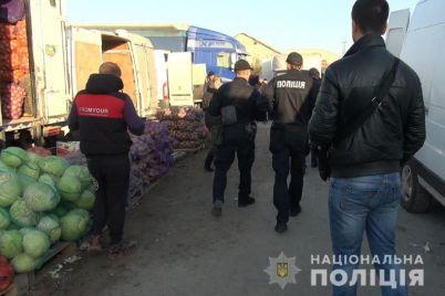 v-zaporozhe-vo-vremya-rejda-zaderzhali-12-nelegalnyh-migrantov-foto-video.jpg