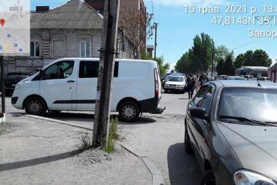 v-zaporozhe-voditel-poluchil-uzhe-shestoj-shtraf-za-narushenie-pravil-parkovki.jpg