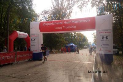v-zaporozhe-vpervye-proshel-trenirovochnyj-zabeg-pered-zaporizhstal-half-marathon.jpg