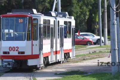 v-zaporozhe-vremenno-izmenitsya-dvizhenie-neskolkih-tramvaev.png