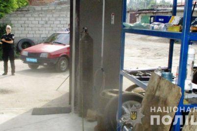 v-zaporozhe-zaderzhali-podozrevaemogo-v-krazhah-iz-garazhej.jpg
