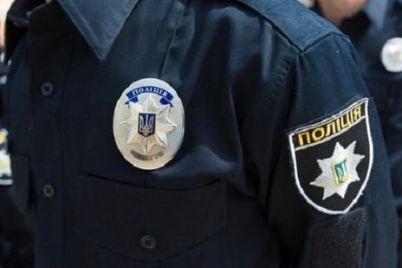 v-zaporozhe-zaderzhali-podozrevaemogo-v-krazhe-iz-kioska-na-nem-byla-policzejskaya-forma.jpg
