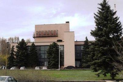 v-zaporozhe-zaplatyat-260-tysyach-griven-za-molniezashhitu-v-dk-titan.jpg