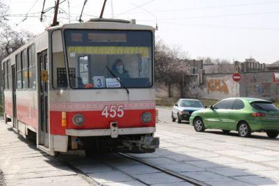 v-zaporozhe-zavershili-remont-tramvajnyh-putej-kotorye-soedinyayut-dva-rajona-foto.jpg