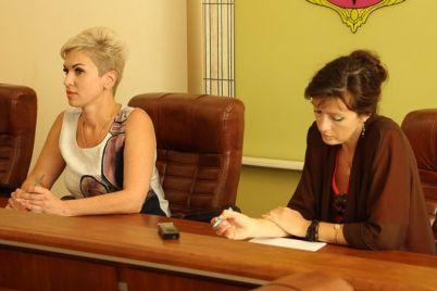 v-zaporozhskih-magazinah-i-kafe-zagovoryat-na-ukrainskom-yazyke.jpg