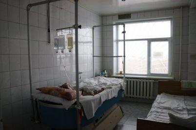 v-zaporozhskoj-bolnicze-lyudej-so-smertelnymi-ozhogami-spasayut-chudo-krovati-foto.jpg