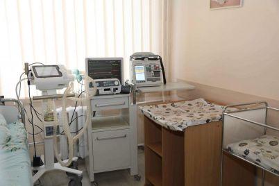 v-zaporozhskoj-bolnicze-ustanovili-apparaty-ivl-dlya-mladenczev-s-covid-19.jpg