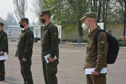 v-zaporozhskoj-chasti-semero-luchshih-popali-v-pervuyu-volnu-foto.jpg