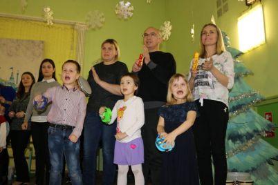 v-zaporozhskoj-muzykalnoj-shkole-detej-nachali-obuchat-po-unikalnoj-metodike-foto.jpg
