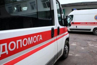 v-zaporozhskoj-oblasti-12-letnyaya-devochka-vypala-s-tretego-etazha.jpg