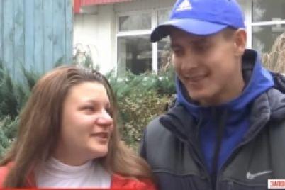 v-zaporozhskoj-oblasti-15-letnyaya-mama-dvojni-dala-intervyu-video.jpg