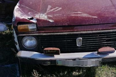 v-zaporozhskoj-oblasti-avtomobil-vyletel-v-kyuvet-i-perevernulsya-odin-chelovek-pogib.jpg