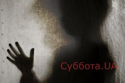 v-zaporozhskoj-oblasti-gore-mat-brosila-svoih-detej-nochyu-v-kvartire.jpg