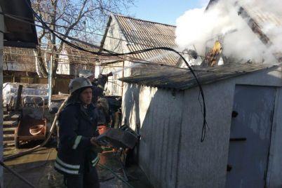 v-zaporozhskoj-oblasti-gorel-chastnyj-dom-foto.jpg